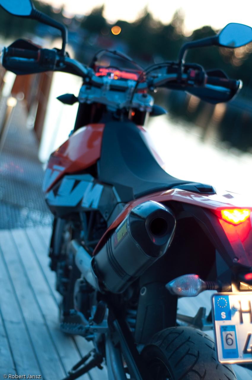 KTM 690 SMC closeup