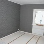 Wallpapers finished in bedroom 1