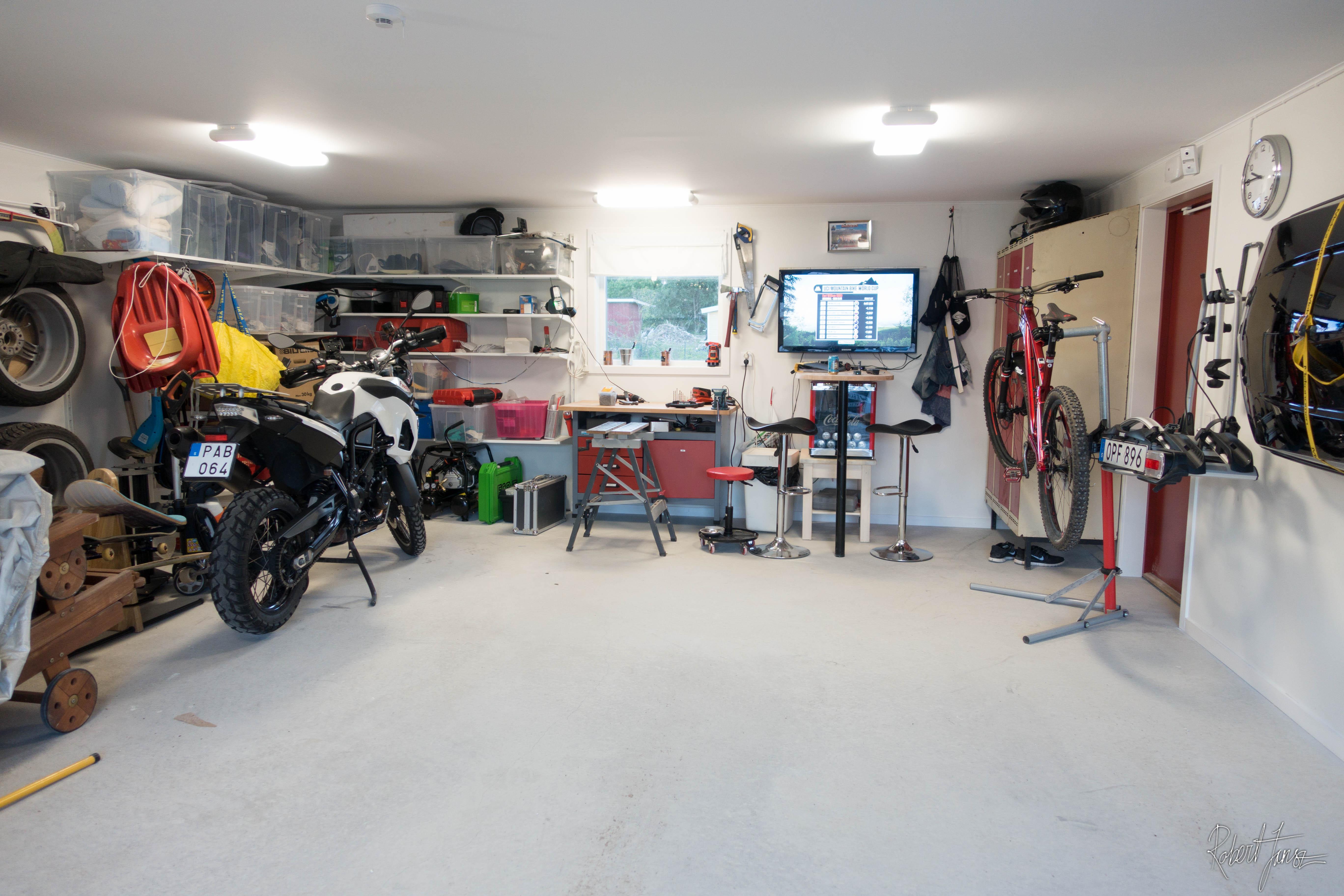 Garage inside - Inside of a garage ...