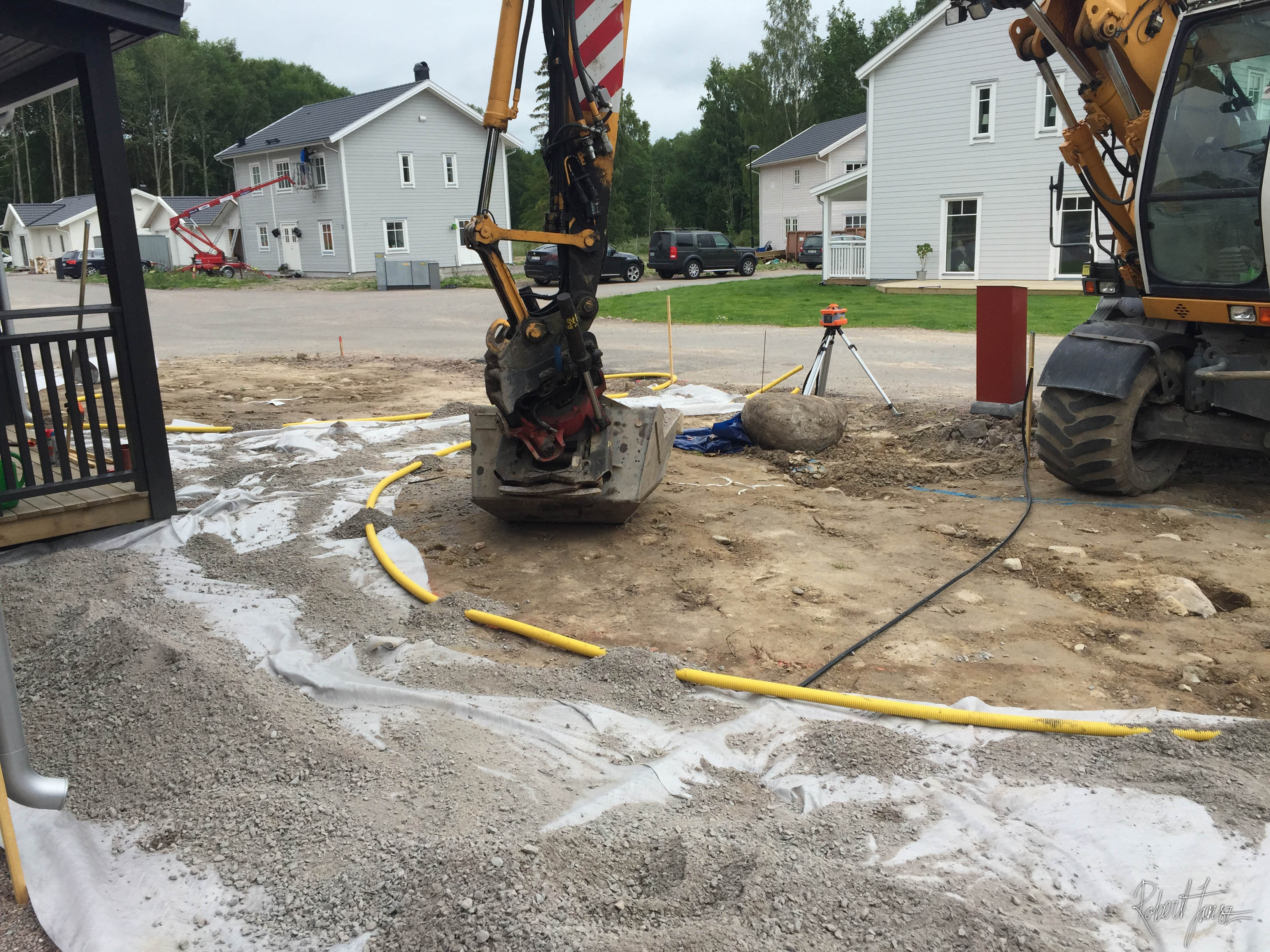 Preparation for paving with excavator